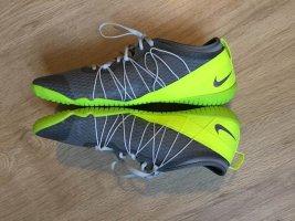 Neu Sportschuh Nike