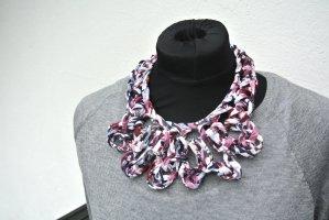 Necklace rose-gold-coloured-white textile fiber