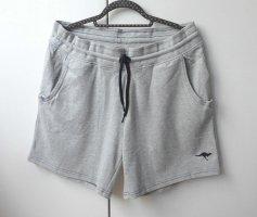 Neu! sweat shorts für den sporty look