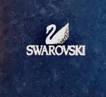 !!! NEU !!! Wunderschöner Ring von Swarovski - silber - lila Stein