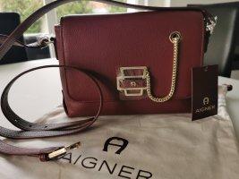 Neue Aigner Leder Tasche Isabella Burgundy mit Etikett NP 469€