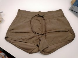 Neue H&M Shorts in Gr. 36