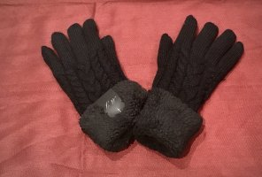 0039 Italy Padded Gloves black wool