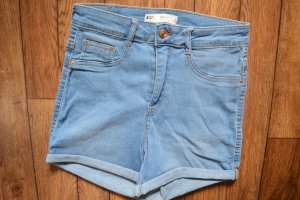 Neue Hot Pants Molly Gr. S Ginatricot