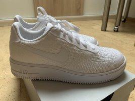 Neue Nike Air Force 1 Flyknit 2.0 weiß