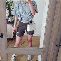 Neue Nike Shorts braun