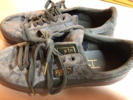 Neue Puma Sneaker in samt Grün   Größe 39