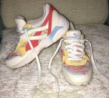Neue Puma Sneakers
