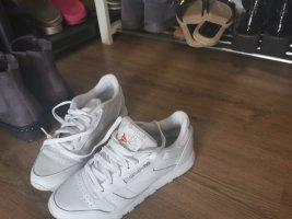 Neue reebok sneaker