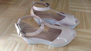 NEUE Retro Schuhe Plateau - Keilabsatz Gr 41 Farbe Nude