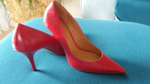 Graceland Pointed Toe Pumps red