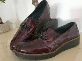 Neue Schuhe. Leder
