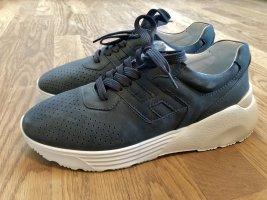Neue Sneaker mit Plateau von HOGAN Wildleder