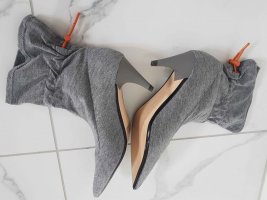 Zara Basic Botines slouch color plata