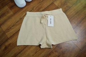 Neue süße Chiara Shorts 36 beige  About You