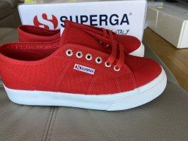 Neue Superga Sneaker Grösse 40