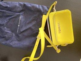 Neue Tommy Hillfiger Tasche