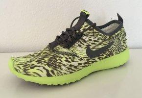 Neuer Nike Sneaker