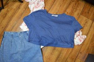 Neues blaues modernes Cropped T-Shirt Gr. 38 Nakd