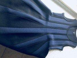 Neues Kleid von Kate Moss ( Nikkie)