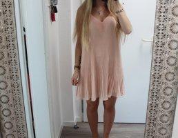 • Neues Plissee Sommerkleid