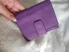 Neues Portemonnaie aus PU Leder in lila, viele Kartenfächer