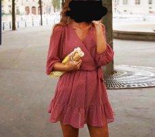 NEUES rosa Kleid mit Spitze Lochstickerei Lace Trend Blogger Musthave