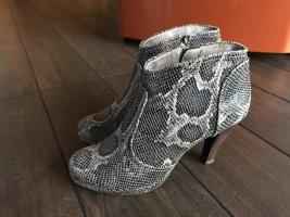 NEUWERTIG: Sexy Ankle Boots im Schlangenleder-Look