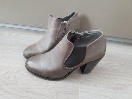 neuwertige Ankle Boots, Stiefletten von Graceland, Gr. 39