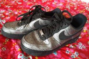 Nike Sneakers met veters zwart-zilver
