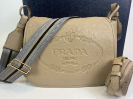 Neuwertige Prada Tasche mit Karton, Staubbeutel und Zertifikat