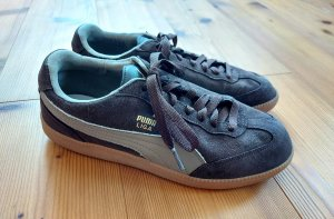 Neuwertige Puma Sneaker Turnschuhe im Retrolook