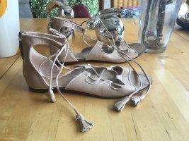 NEUwertige Schnürsandaletten von Zara, Nude, Gr. 39, Bloggerstyle