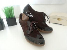 Tamaris Wingtip Shoes brown