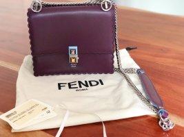 Neuwertige zeitlose Fendi Tasche Kan i Small