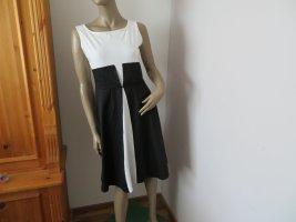 Neuwertiges Damen Sommer Kleid Größe M (Nr1728)