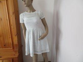 Neuwertiges Damen Spitzen Kleid Größe 34 von Amisu (Nr1356)