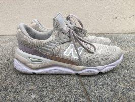 New Balance Slip-on Sneakers light grey-pink