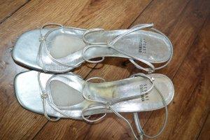 Niedliche zarte Sandaletten Silber/Strass Gr. 40 Stuart Weitzman
