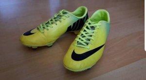 Nike Zapatillas altas amarillo-verde neón