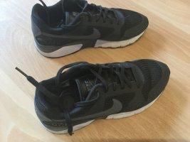 Nike Lace-Up Sneaker black linen
