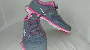 Nike-Air-Flex-Runner-Gr-40-5-UK-6-5-GRAU-PINK-NEUWERTIG-FEDERLEICHT