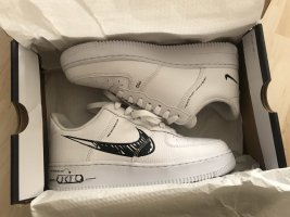 Nike Air Force 1 LV8 Utility *sold out*
