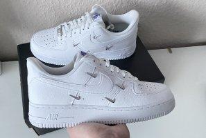Nike Air Force 1 LX Gr. 40,5 Neu