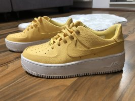 Nike Air Force 1 topaz gold