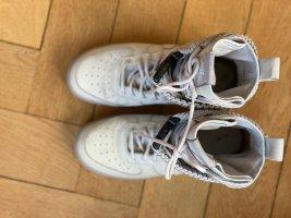 Nike Basket montante argenté cuir