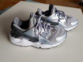 Nike Air Huarache 36 - Silver Grey