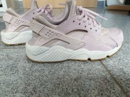 nike air huarache flieder