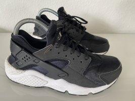 Nike Air Slip-on Sneakers black