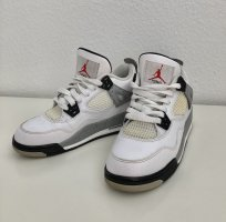 NIKE Air Jordans 2 - RETRO